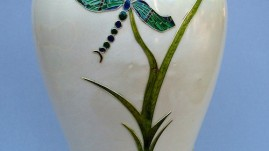 Dragonfly Cloisonne-vase in sycomore