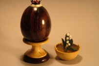 Ironwood egg with lily of valley